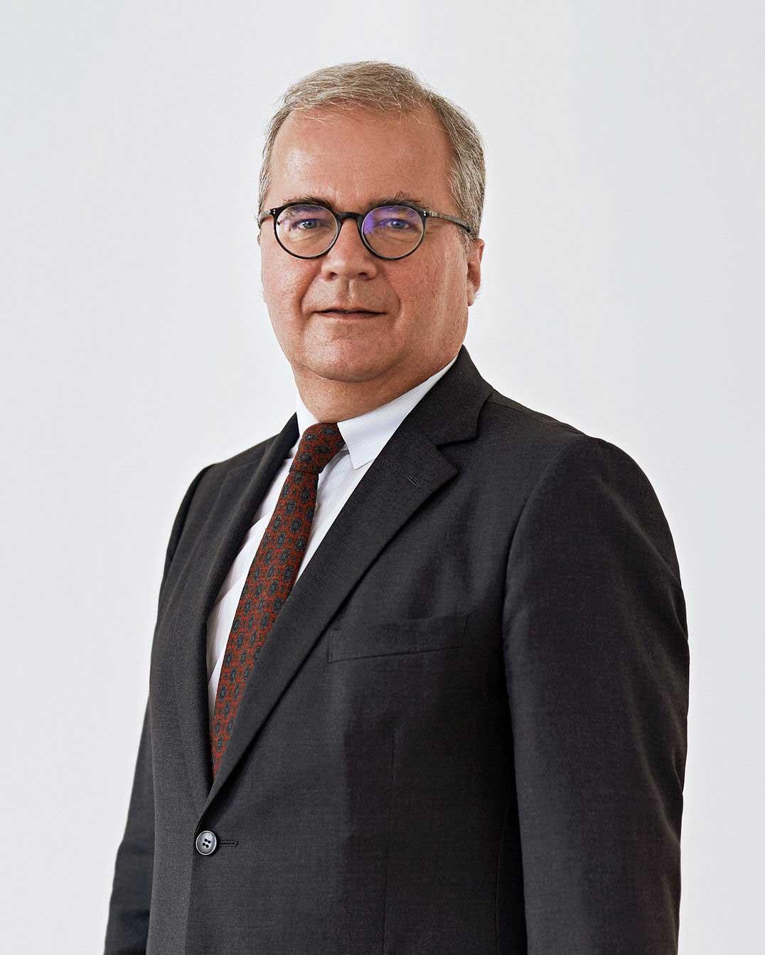 Dr. Georg Backhausen
